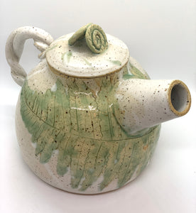 112 ($70) Teapot - Fern Leaf - Natural Green with Twist Handle