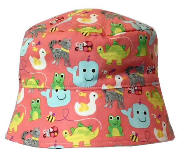 000 ($34) Sun Hat - Animals on Coral