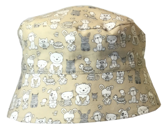 000 ($34) Sun Hat - Animals on Beige