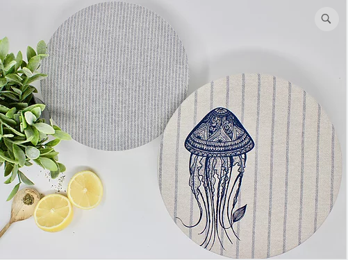 056 ($28) Jelly Fish - Set of 2