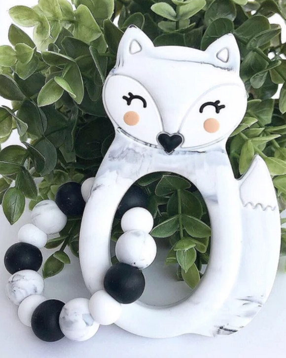 061 ($28) Teether w/Ring - Fox - Marble