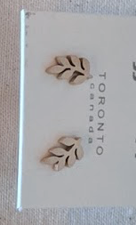 023 ($32) Earrings - Leaf Stud - RG