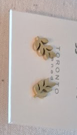 023 ($32) Earrings - Leaf Stud - Gold