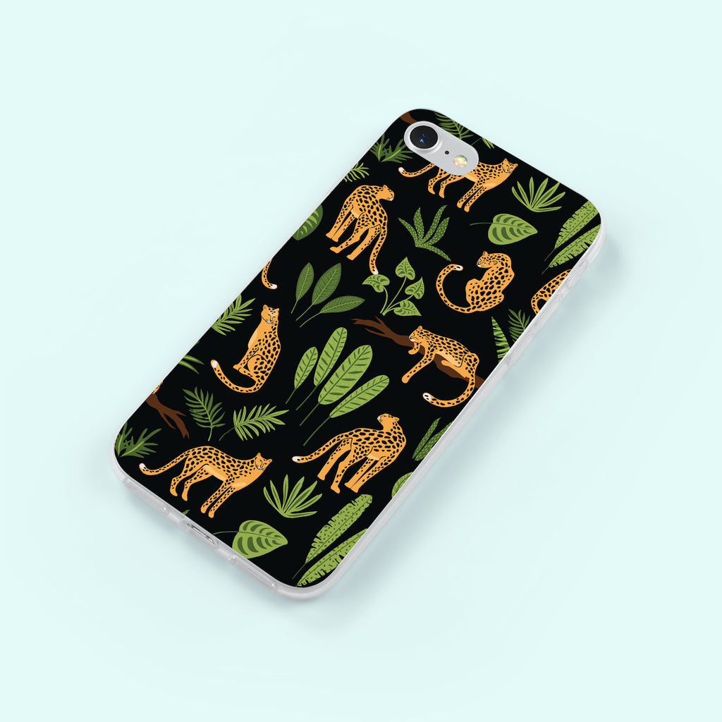 iPhone 7 case with Jaguar Jungle design made by Life By Design Creations right side view