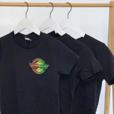 WHANGA SURF CORE LOGO BOYS TEE - BLACK/RASTA