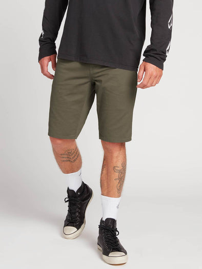 VOLCOM SOLVER LIGHT 5 POCKET SHORT