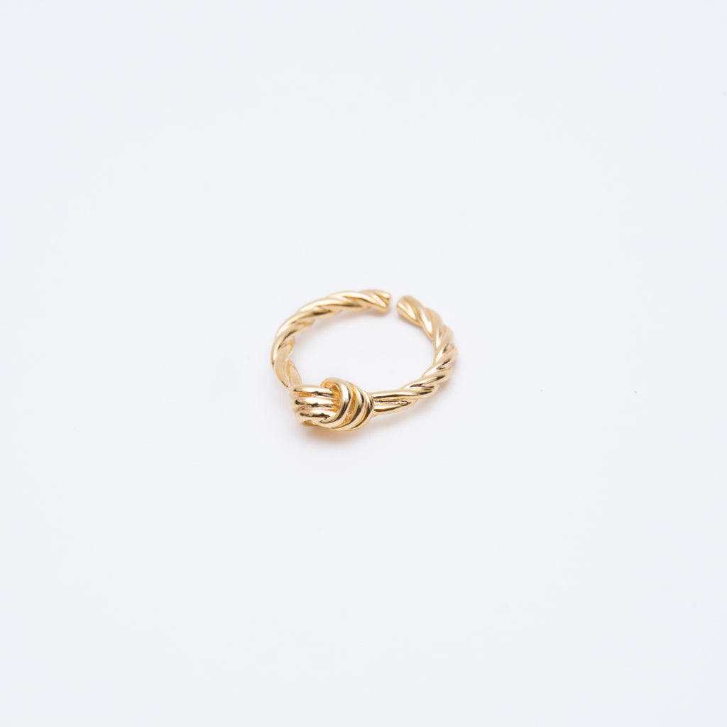 Gold Twisted Knot Ring