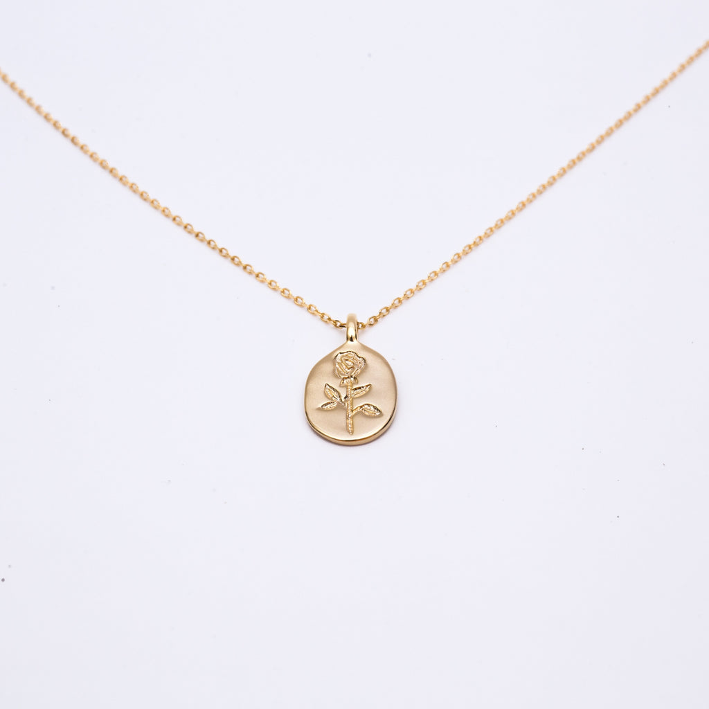 Rose Engraved Pendant Gold Necklace