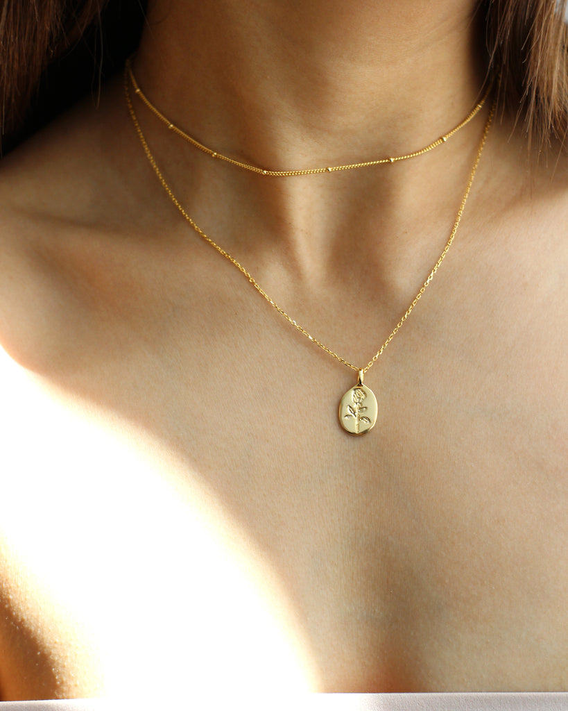 Rose Engraved Pendant Gold Necklace Beaded Choker