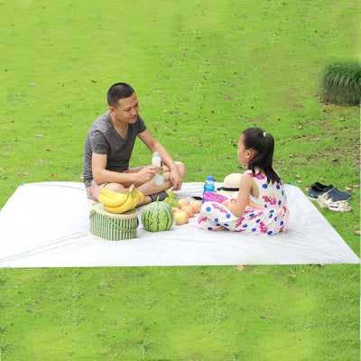 3 - 6 People 150 x 200CM Outdoor Water Resistant Oil-proof Disposable Picnic Ground Mat