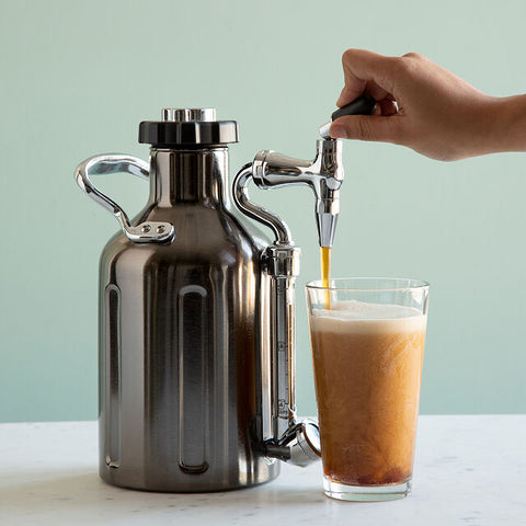 nitro cold brew coffee maker on draft