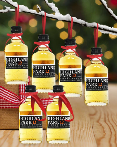Image: PRE-ORDER Merry Baubles - Highland Park 12 Year Old Whisky Miniature Set