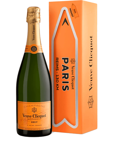 Image: Veuve Clicquot Yellow Label Travel Magnet Champagne, 75 cl