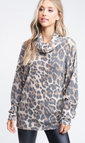 Leopard Turtle Neck Top