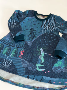 Stunning Mermaid Palace Long Sleeve Dress 12-18m