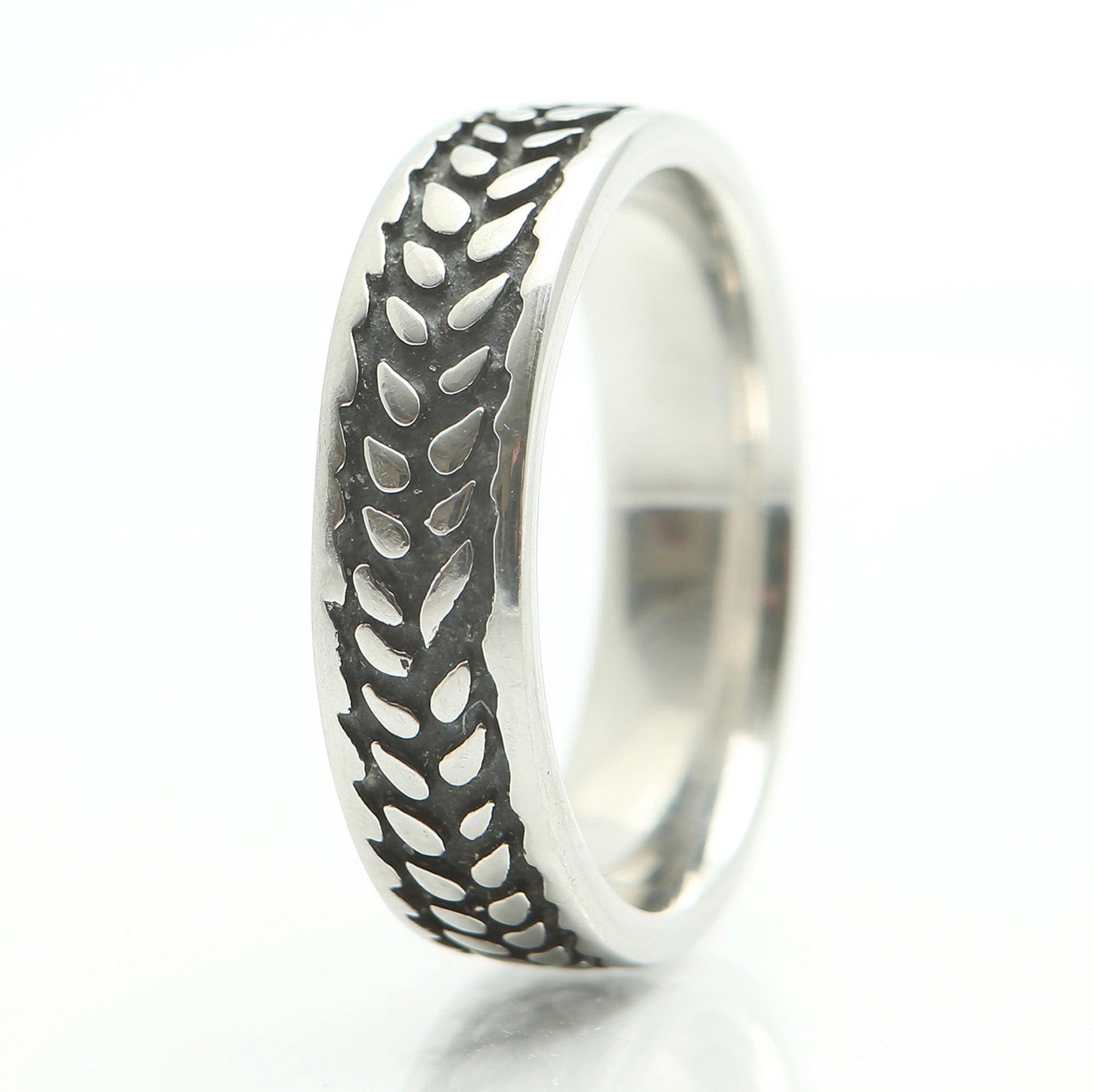 Barley Ring in Narrow Stainless Steel