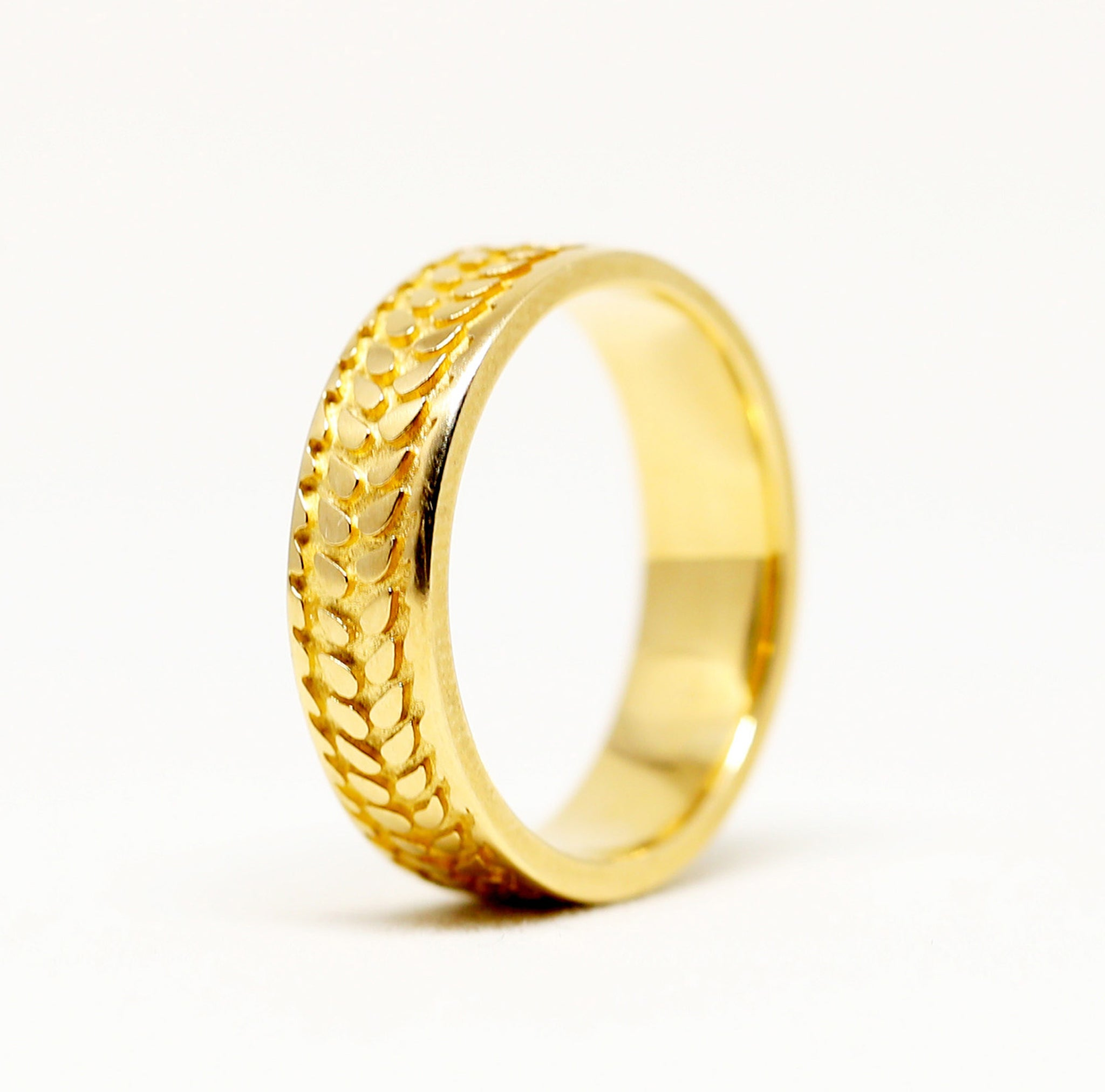 Barley Ring in Narrow 14k Yellow or White Gold
