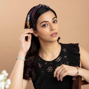 Marvellous Mrs. Maisel in Black Icy Bloom Georgette Headband