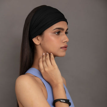 Armour in Black Performance Jersey Headband