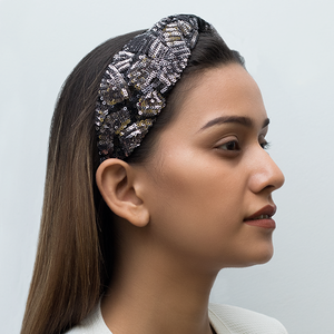 Betty Cooper Headband In Black-Silver Sequins