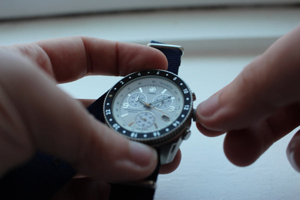 air watches held on hand
