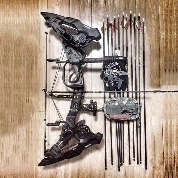 Krysis Compound Hunting Bow with Arrows