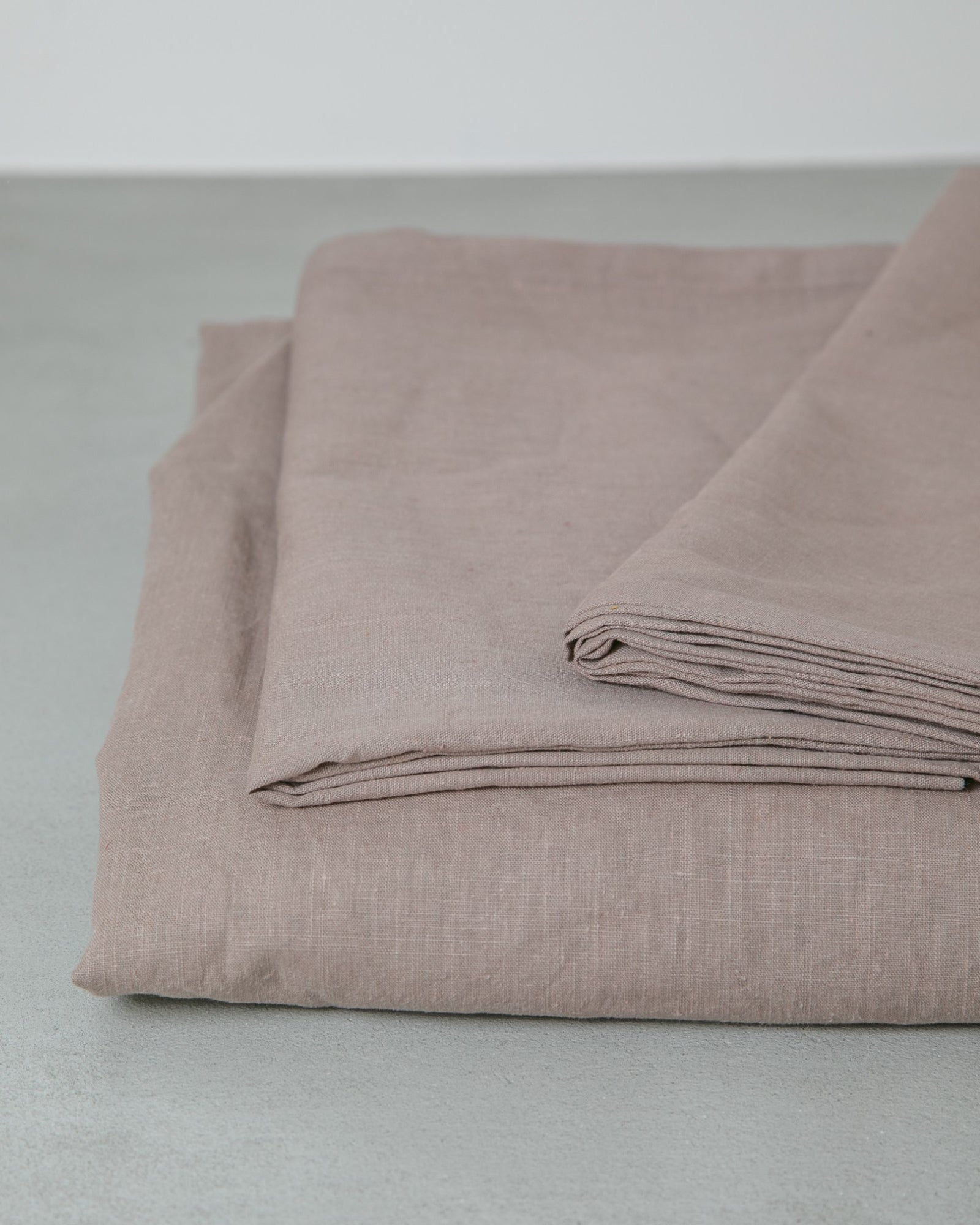 Hemp Fitted Sheet - Deep Plum