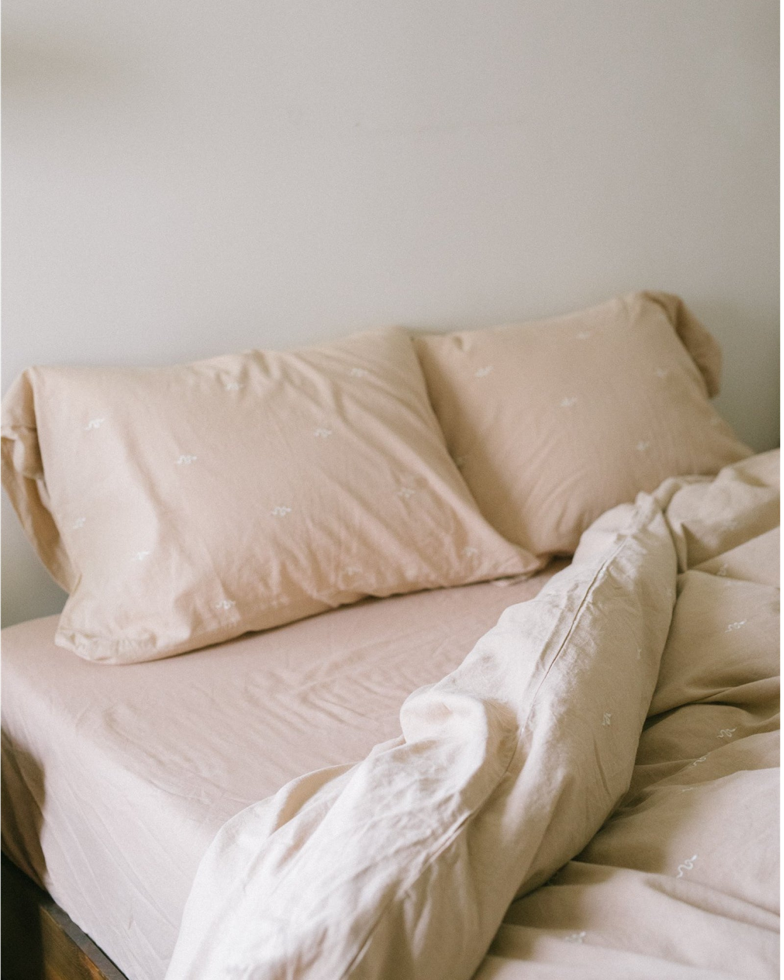 Hemp Fitted Sheet - Taupe Solid