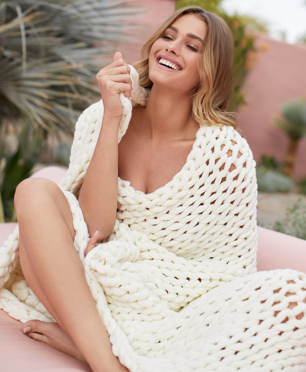 CHUNKY KNIT THROW | BLUSH