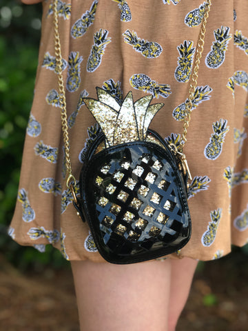 Black & Gold Pineapple Purse