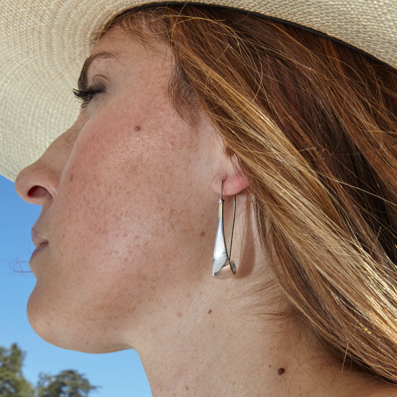 Modernist White Gold Earrings