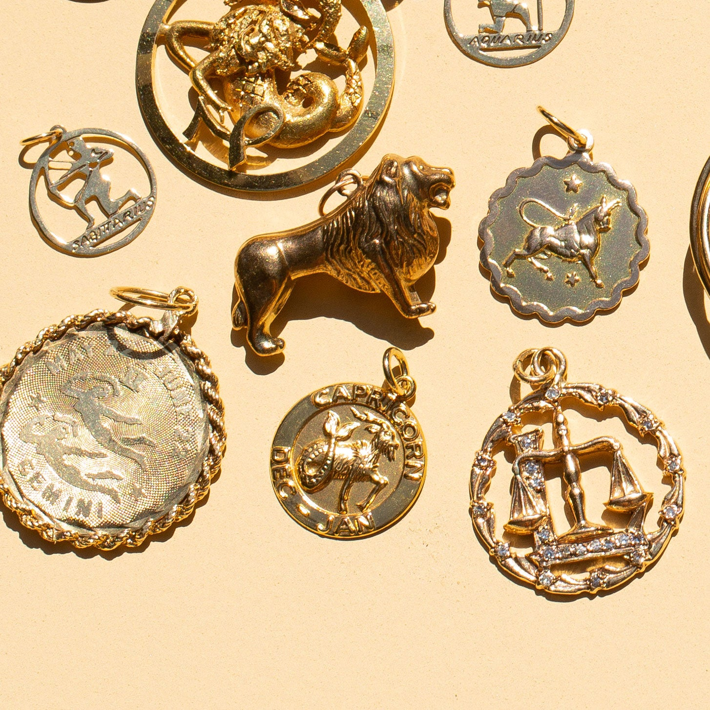 Taurus 9k Gold Scalloped Zodiac Charm
