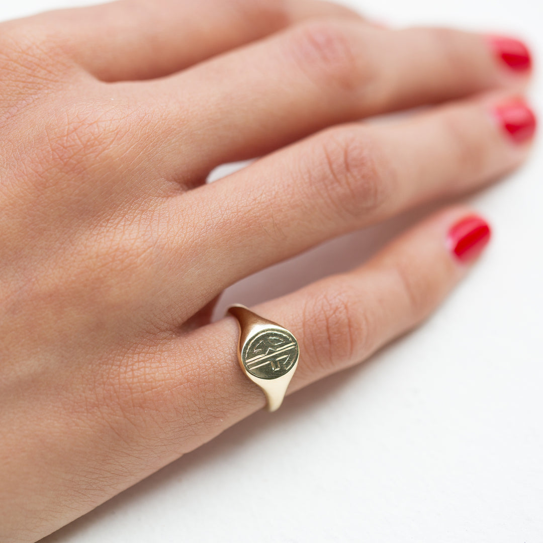 The F&B Petite Gold Signet Ring
