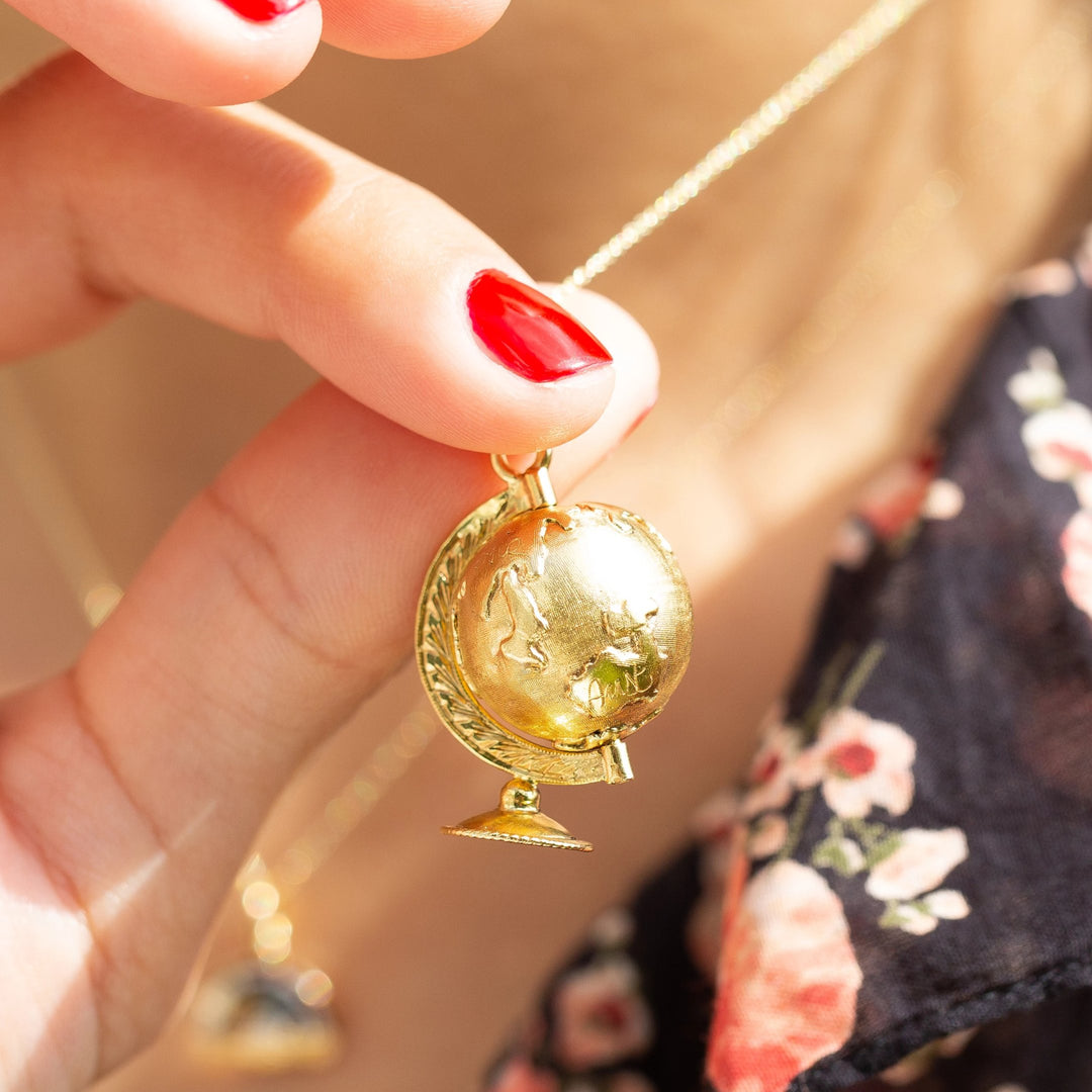 Large 18k Yellow Gold Movable Globe Charm