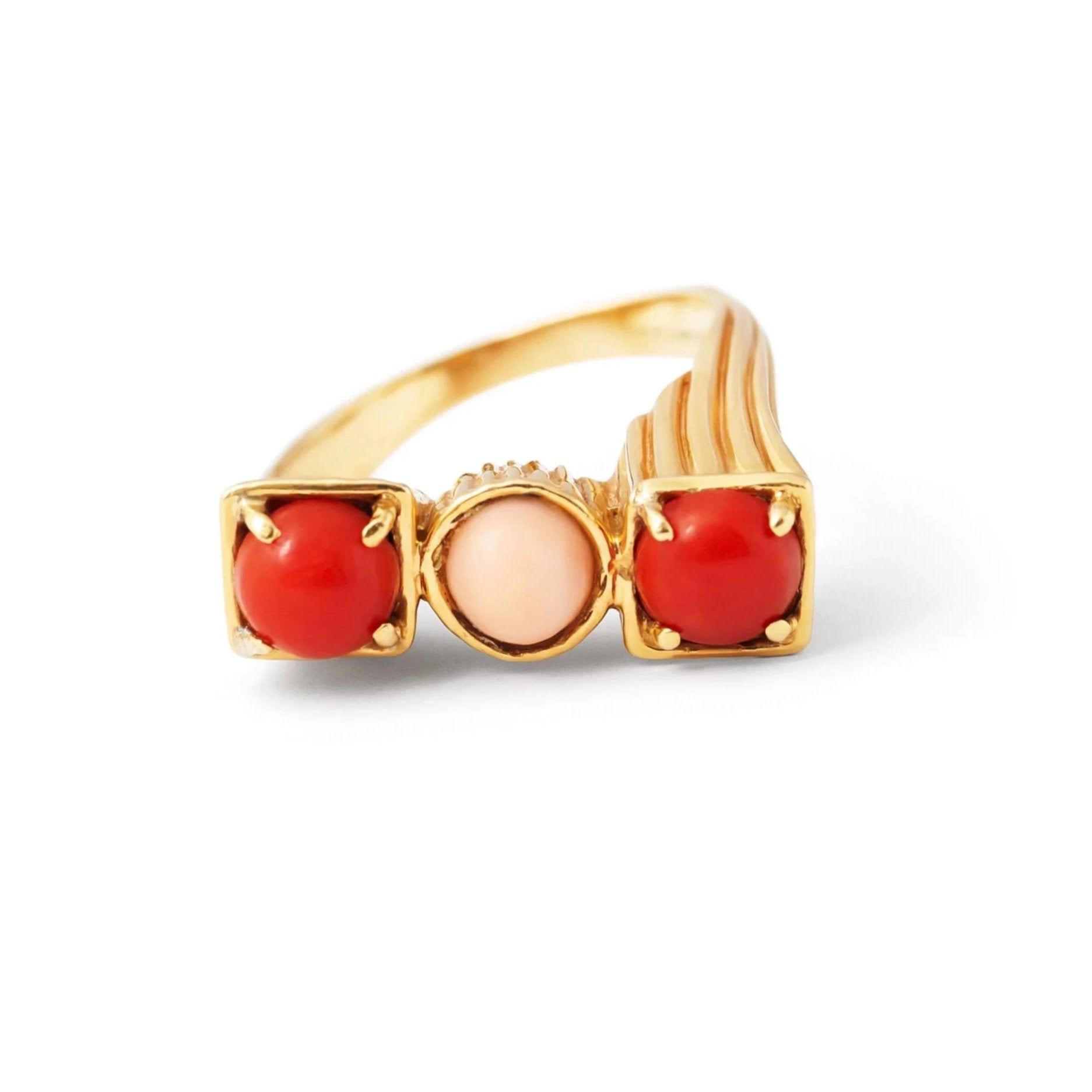 Tiffany & Co. Coral and 18k Gold Ring