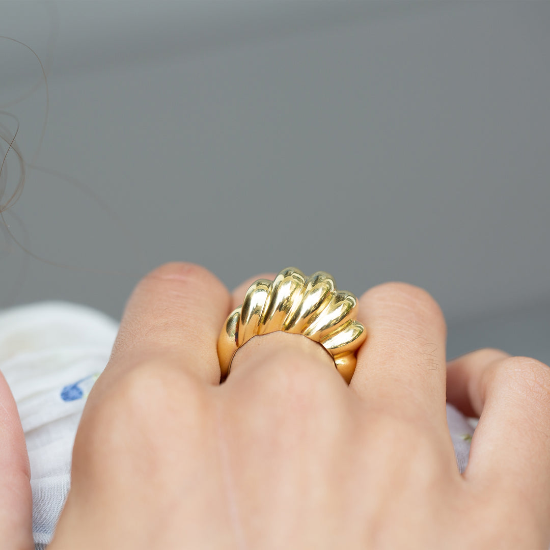 Cartier Fluted Dome 18k Gold Ring