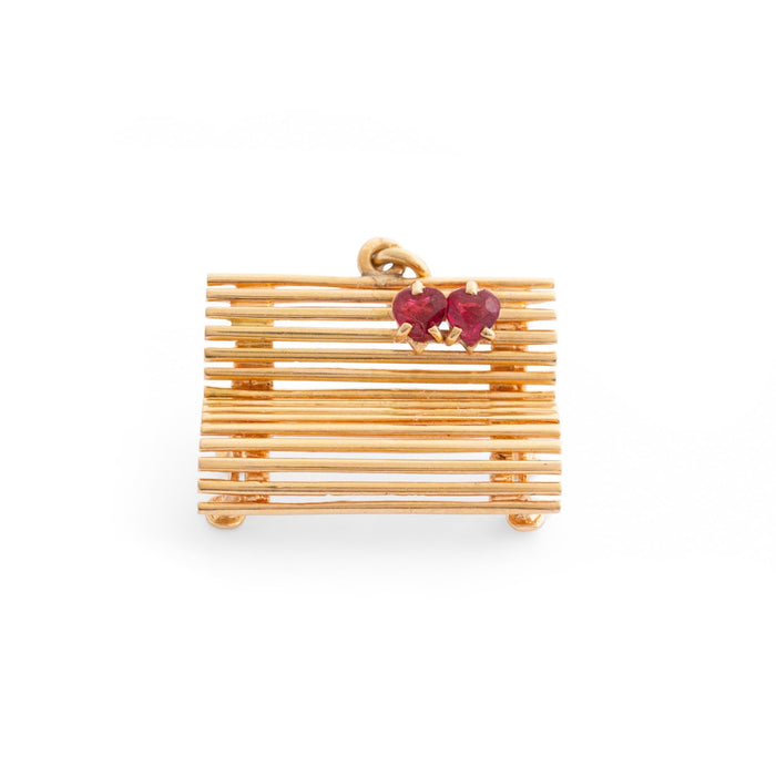 Lovers Bench 18K Gold Charm