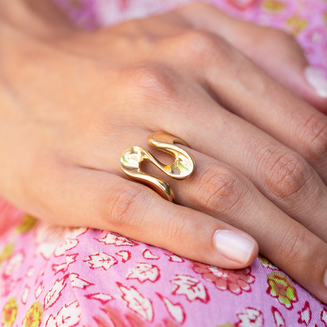 Abstract Wavy 10k Gold Ring