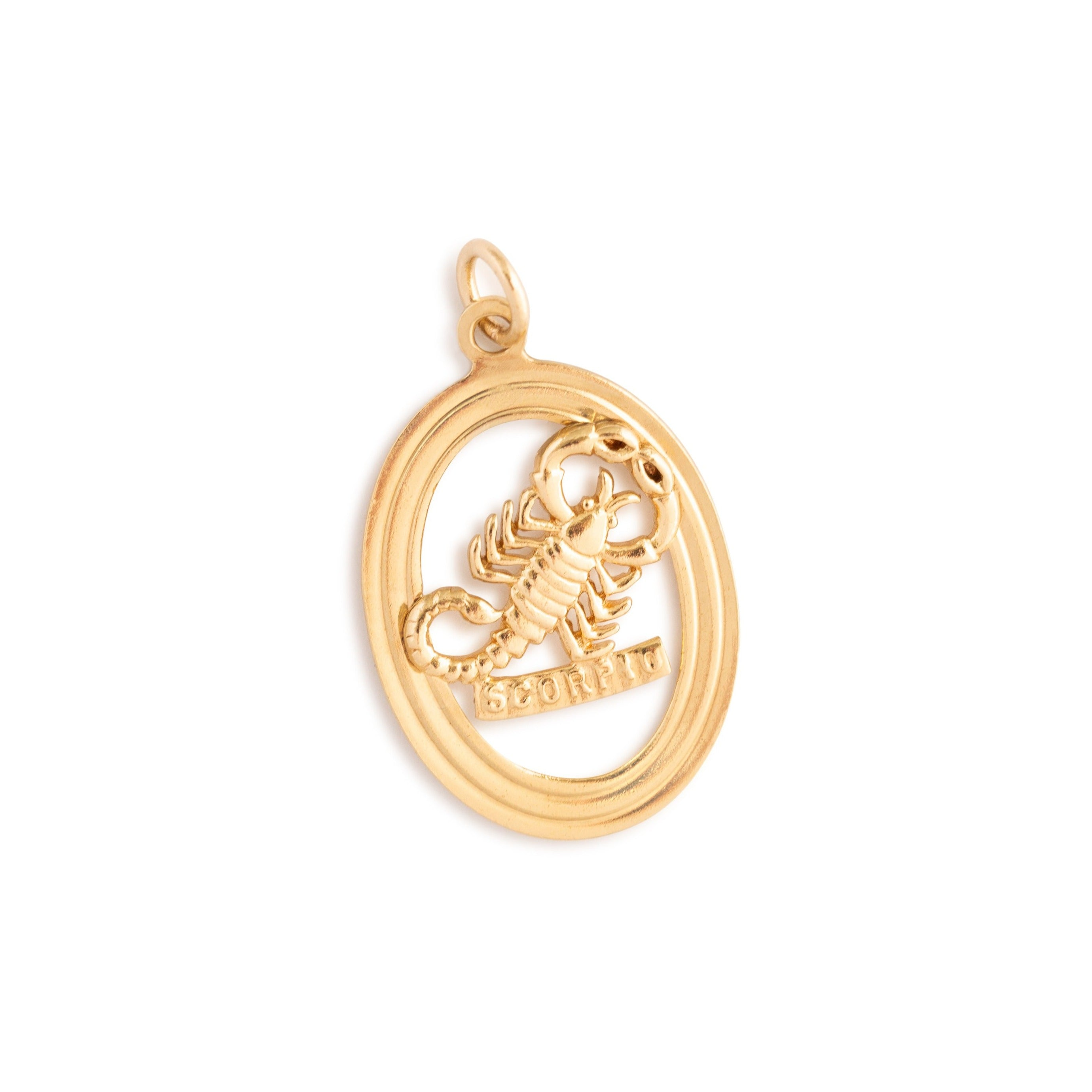English Scorpio 9k Gold Oval Zodiac Charm