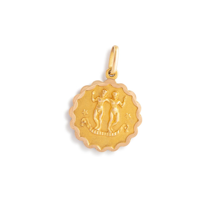 Gemini 9k Gold Scalloped Zodiac Charm