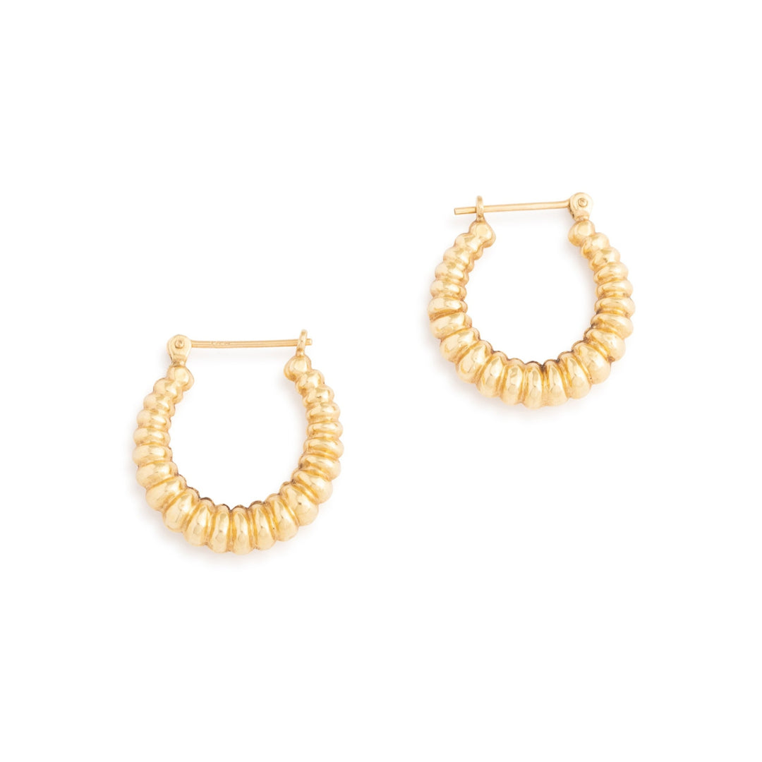Ribbed 14k Gold Hoop Earrings