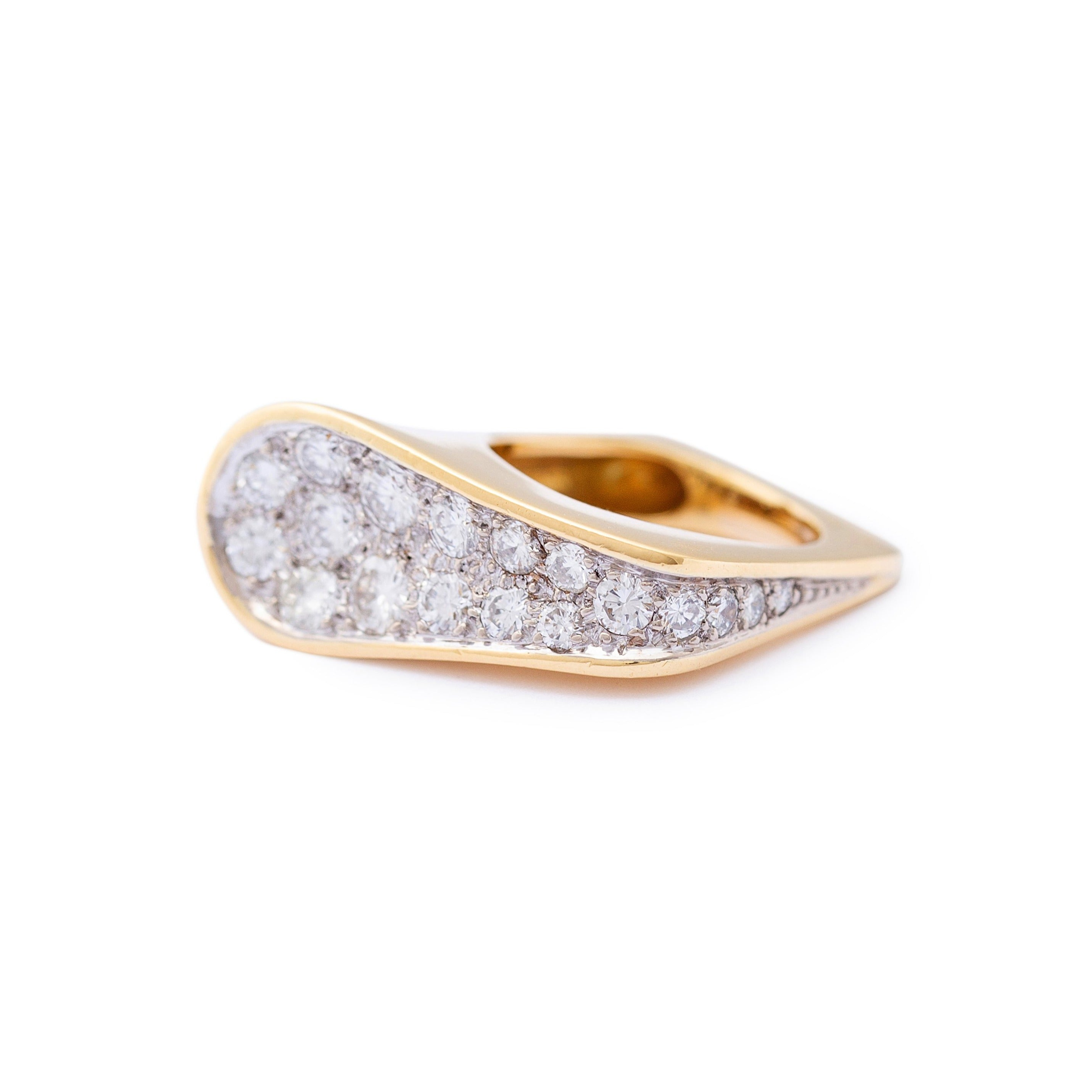 Kutchinsky Modernist Diamond and 18k Gold Cocktail Ring