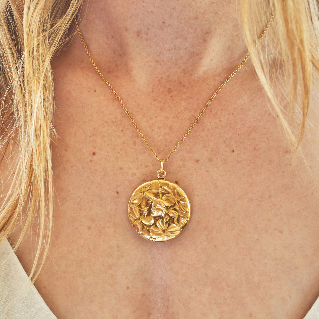 Art Nouveau Repousse 14k Yellow Gold Locket Necklace
