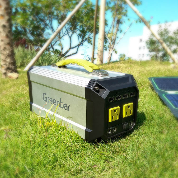 300W Solar Energy Off Grid 12V To 220aV Home Solar Systems For Camping and Lighting