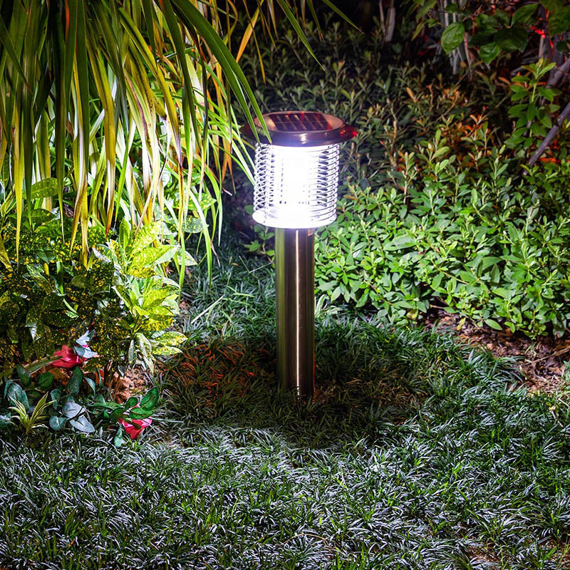 Solar Powered Bug Zapper Light LED Insect Fly Moths Repellent Trap Solar Anti Mosquito Killer Lamp for Outdoor Use Pest Control