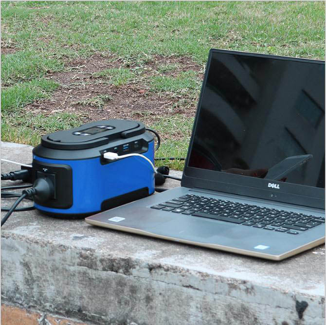 222Wh power capacity CPAP Battery Backup Portable Power Station 200W Solar Generator