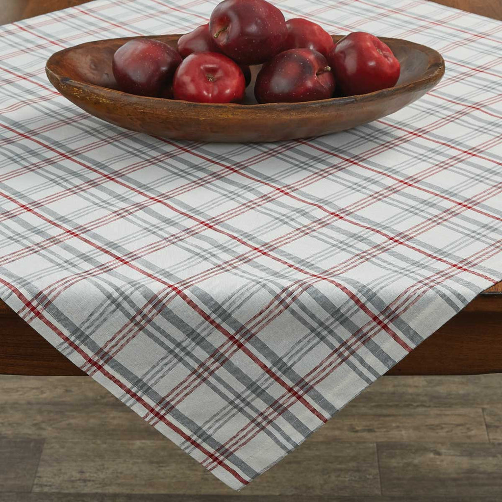 "Table Cloth / Table Square 36"" x 36"" - Farm Yard"