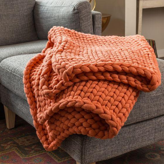 Donna Sharp Chunky Knit Farmhouse Country Primitive  Throw ~ Coral
