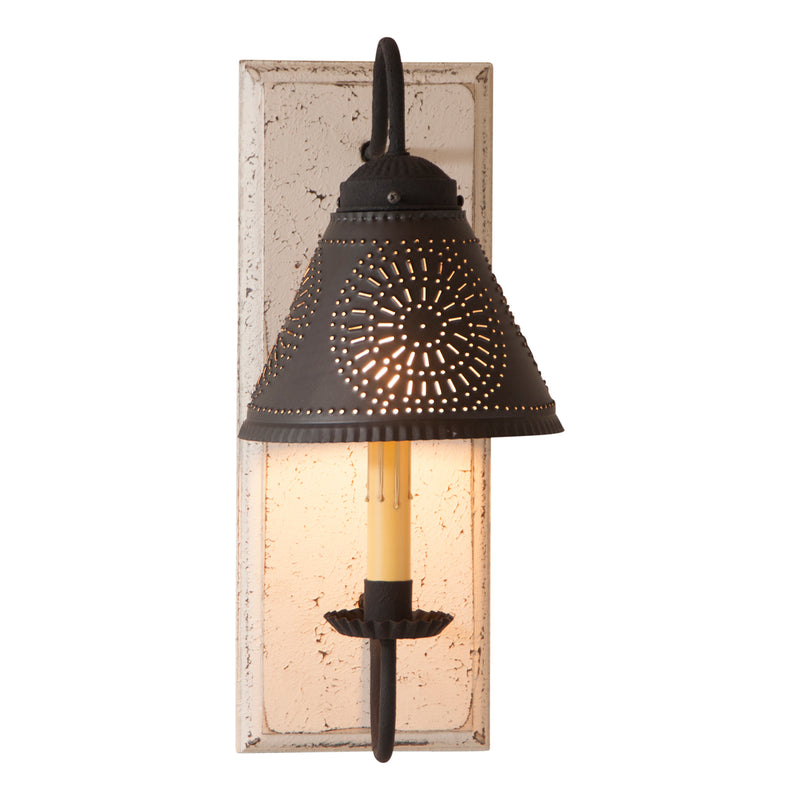 Crestwood Sconce in Vintage White