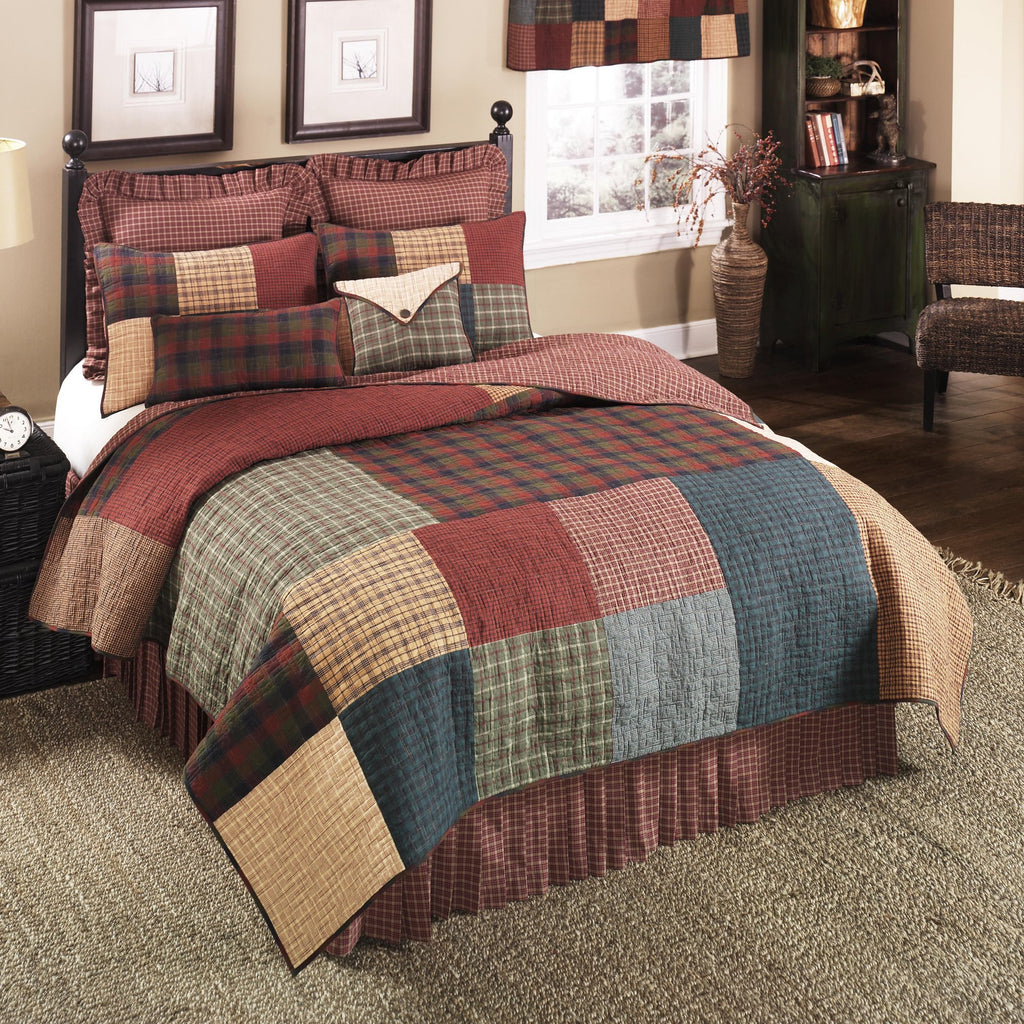 Donna Sharp Campfire Square Rustic Lodge Quilted Collection